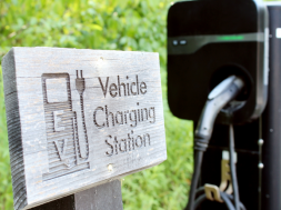 Few States, Utilities Ensure Equity in EV Charging Investments