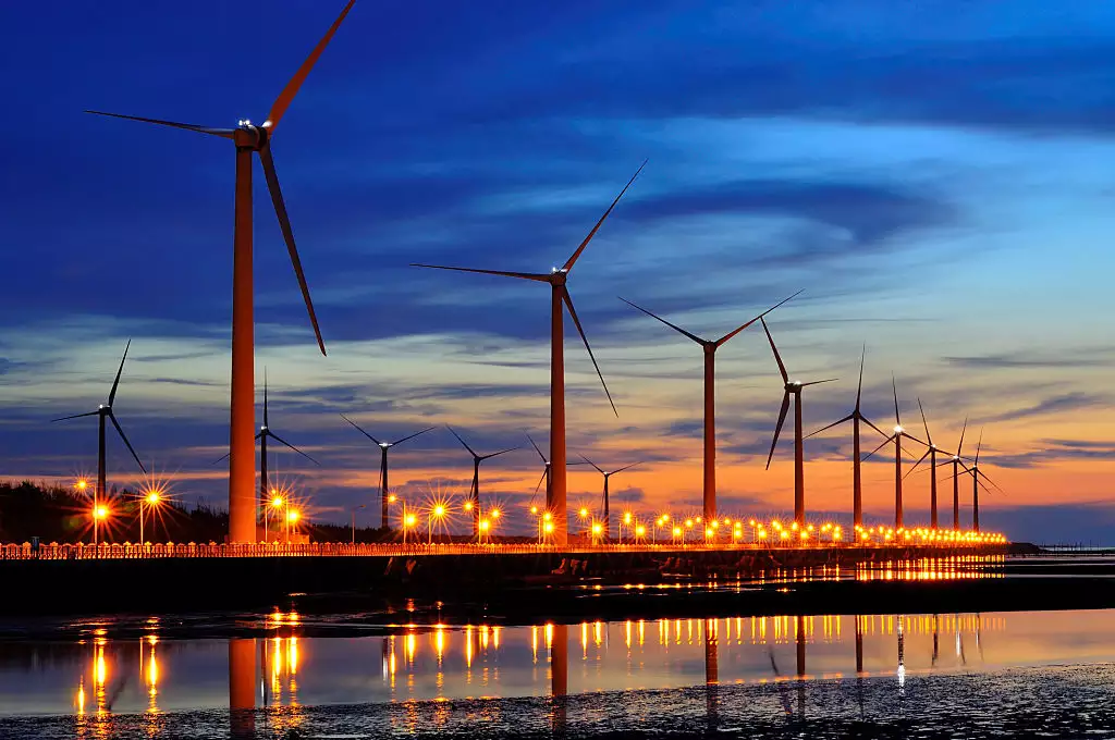 Global wind industry could install almost 1 TW of new capacity by 2030, report says