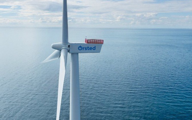 Orsted plans offshore wind farm, hydrogen plant at North Sea Port
