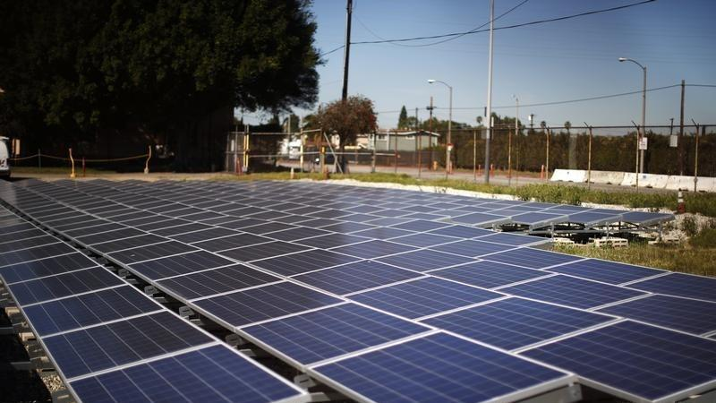 Sunrun Surges on Upgrade as Solar Power Shows Growth Trends