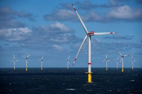 Wind energy industry can create 3.3 million jobs GWEC