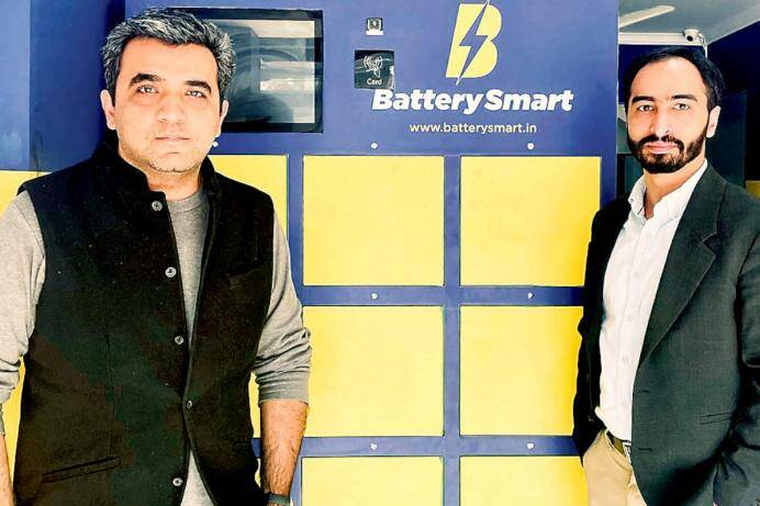 Battery Smart: Helping Electric Vehicle Drivers to Charge Ahead
