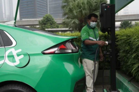 Electric vehicles will be cheaper than petrol, diesel cars by 2027, claims study
