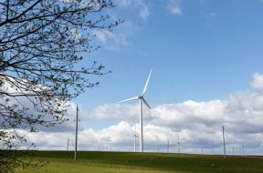Foreign investors increase acquisitions of renewable energy projects in Vietnam
