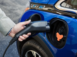 General Motors has a solution for our crappy EV charging infrastructure