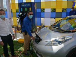 Minister Vaz Commissions First Public Electric Vehicle Charging Station