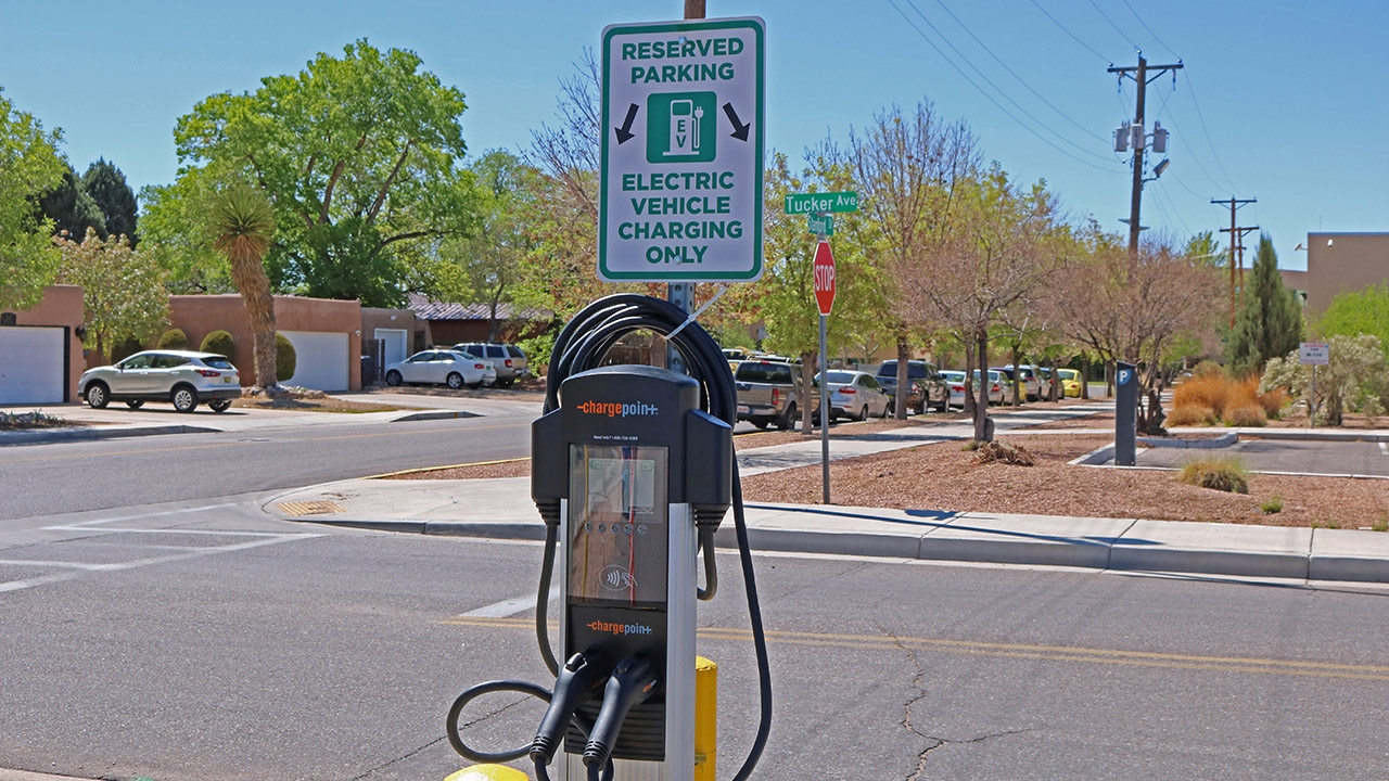 UNM Addresses Growing Demand for Electric Vehicle Charging Stations