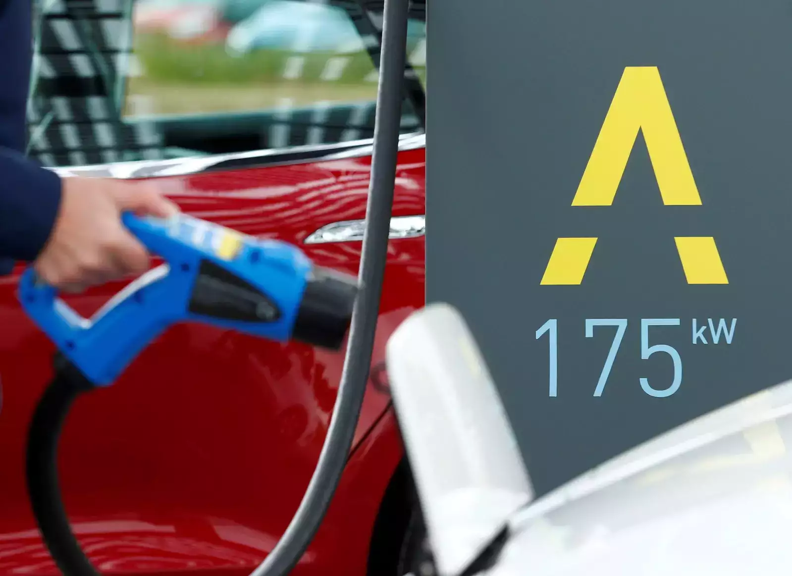 India to Require 4,00,000 Charging Stations For 2 Million EVs By 2026: Report