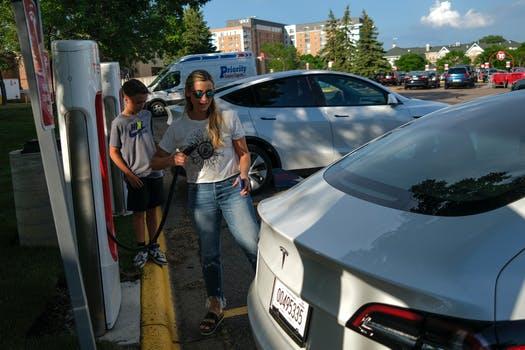 More EV Charging Stations On The Horizon For Minnesota