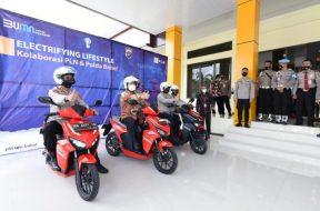 PLN sets up electric vehicle charging points in Bangka Belitung
