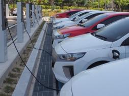 Reps. Levin, Ocasio-Cortex unveil updated Electric Vehicle charging station legislation