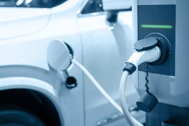 For 80% of E-vehicle Owners Charging is No Hassle: Survey