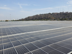 Jinko De-Carbonizing India's Auto Industry – Asia's largest Carport is Powered by JinkoSolar Panels.
