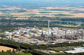'On our way to gigawatts' Shell turns on Europe's largest green hydrogen plant