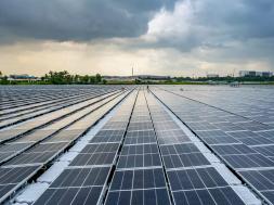 Singapore switches on massive floating solar farm