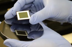 ANU scientists set new record with bifacial solar cells