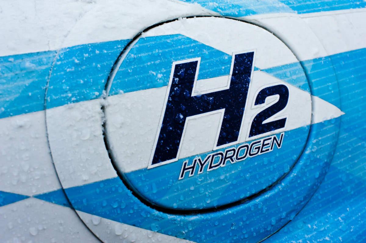 The hydrogen rainbow – EQ Mag Pro