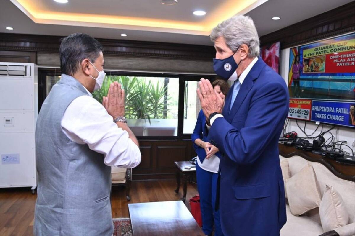 RK Singh meets US Special Presidential Envoy for Climate John Kerry in Delhi – EQ Mag Pro