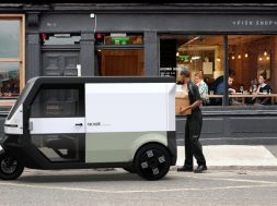 Swedish electric delivery van offers 400km range, includin from solar roof