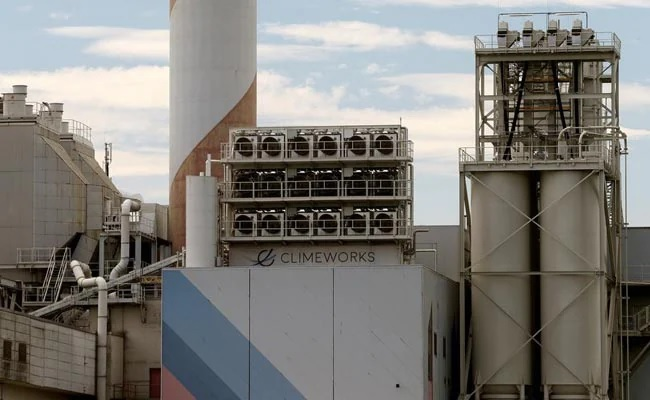 World's largest plant capturing carbon from air starts in Iceland – EQ Mag Pro