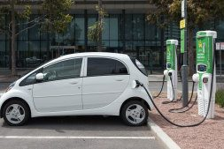 Car makers warn Australia will miss out on new electric vehicles